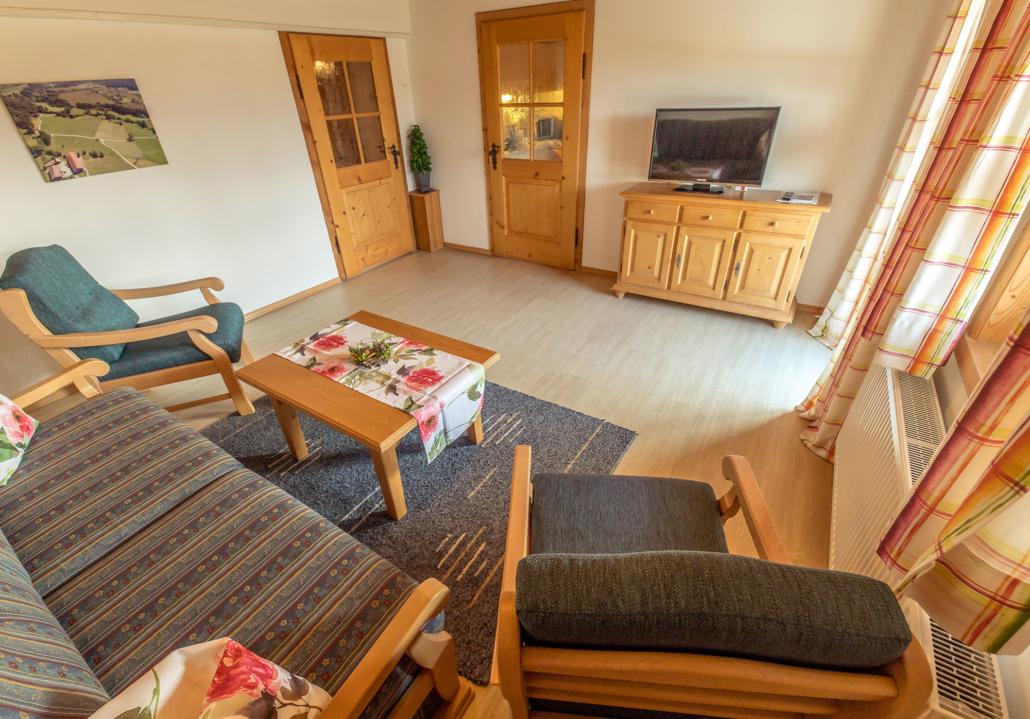 Wohnzimmer Ferienwohnung Enzian